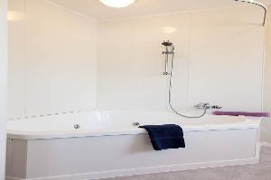 Studio With Bath