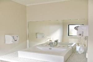Deluxe 1 Bedroom with Spa Bath
