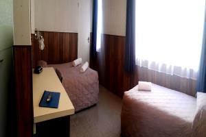 1st Floor 1 Double & 1 single bed