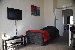 1 Bedroom Unit 7