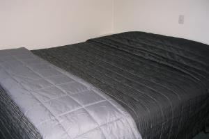 (2) bedroom