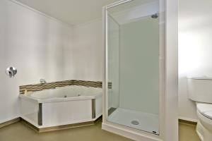 Superior Studio Unit With Spa Bath G/F