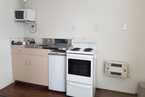 Double + 2 Singles Family kitchen unit