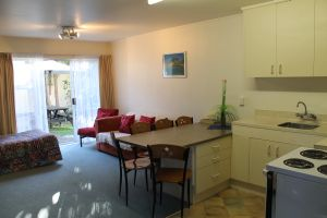 Two Bedroom - 5 Pax
