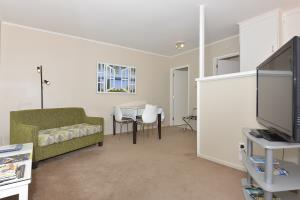 One Bedroom Unit 9