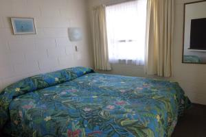 Two Bedroom unit, main bedroom, King bed