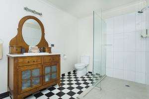 Turanga Room