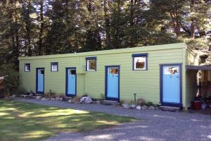 Cabin (twin)