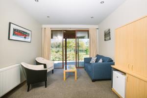 Kiwi Room