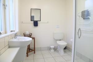 Large, modern & clean bathroom.