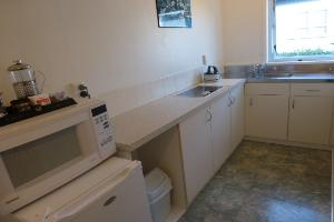 Large Twin Studio unit kitchen area
