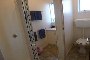 Large Twin Studio unit bathroom area