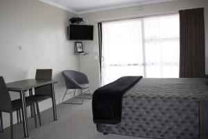 One Bedroom (B)
