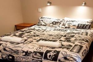 Motel - Room 201