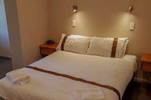 Motel - Room 301