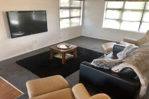 Gladstone Apartment