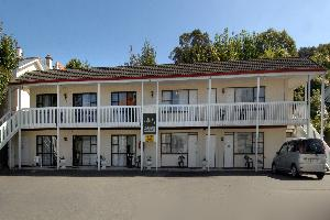 218 One Bedroom Self Contained Motel