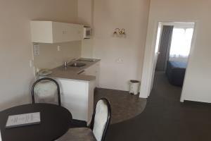 One bedroom suite, upstairs