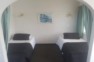 One bedroom family spa, upstairs