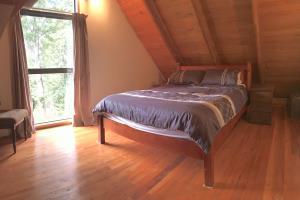 Top Shelf log cabin bedroom