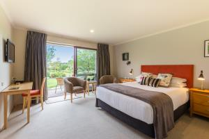 Tui Queen Suite