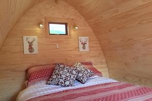 hut 2 bedroom